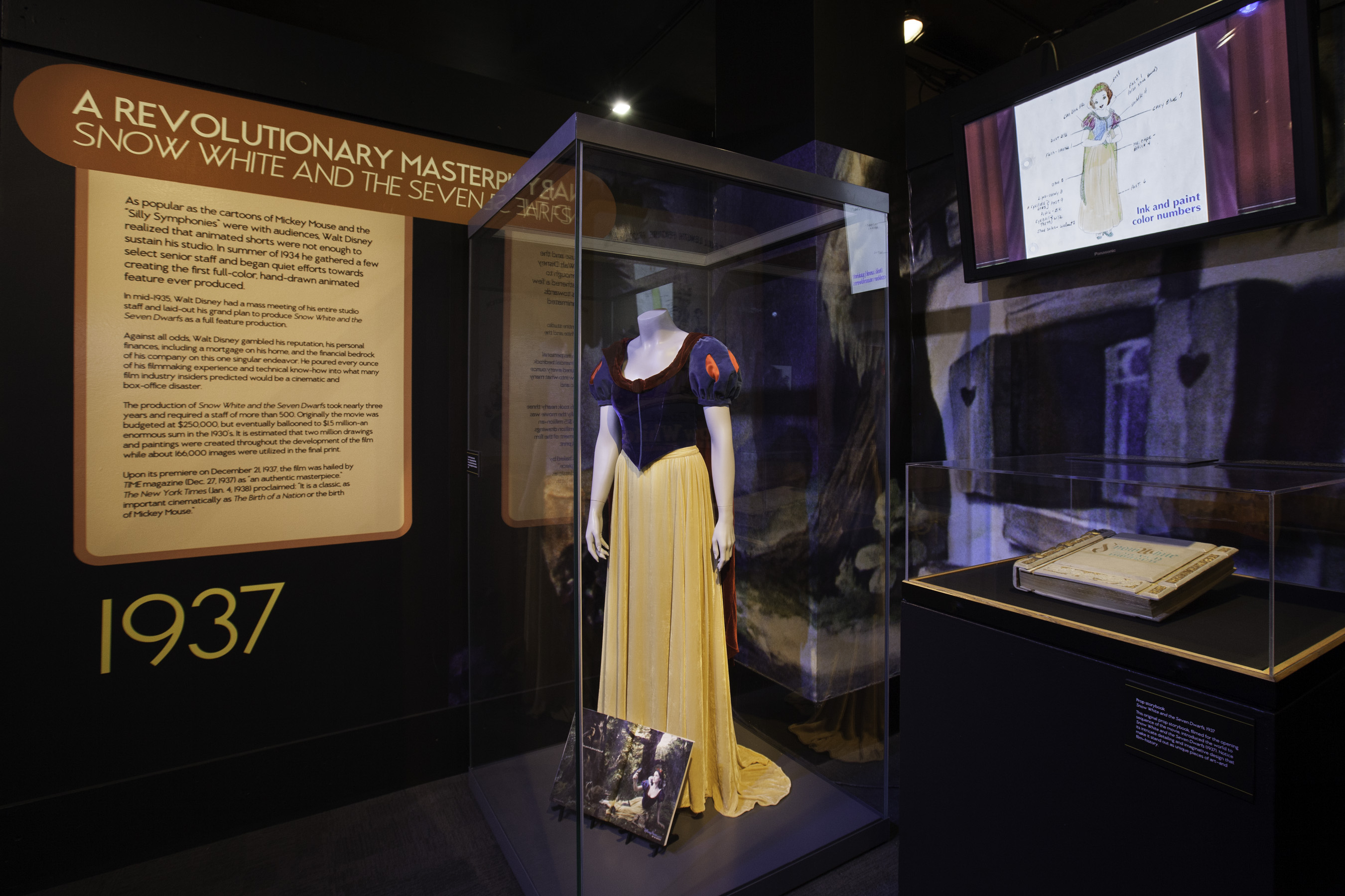 Treasures Of The Walt Disney Archives Exhibit Opens At Chicago S