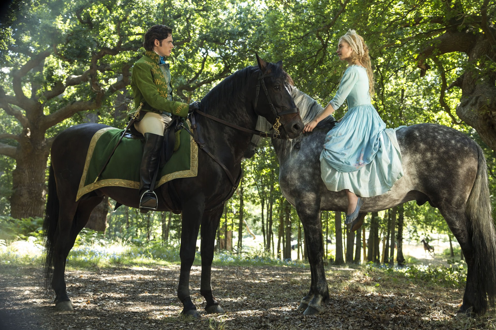 Cool Wallpaper Horse Scenery - cinderella-2015-richard-madden-and-lily-james-wallpapers  Picture_573121.jpg