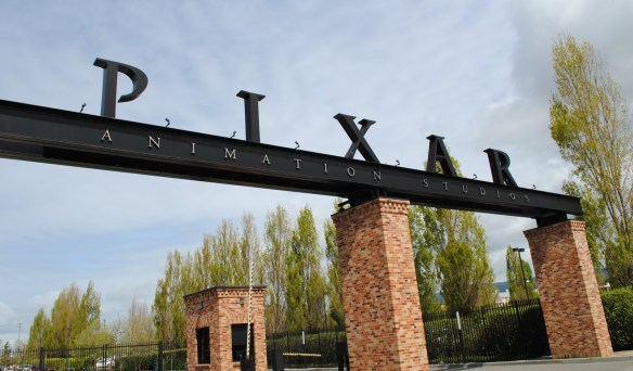 Pixar_Animation_Studios_gate