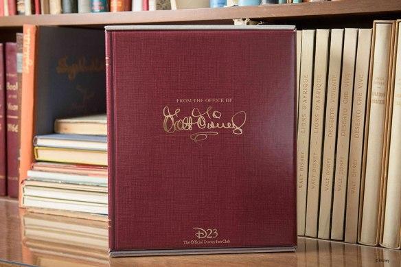 D23_2016_Gold-Member-Gift-Book